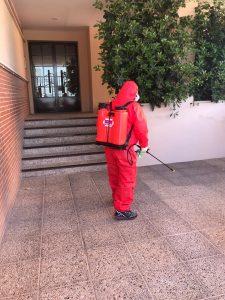 labores de limpieza y desinfección a cargo de los operarios de Masvalía
